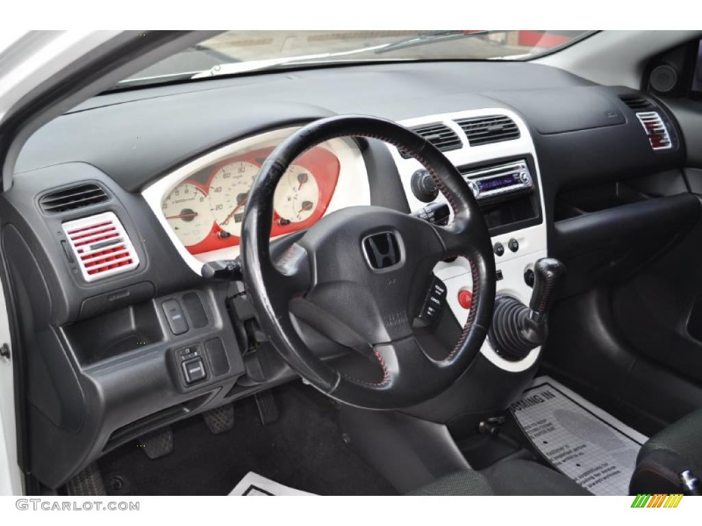 Black Interior 2003 Honda Civic Si Hatchback Photo