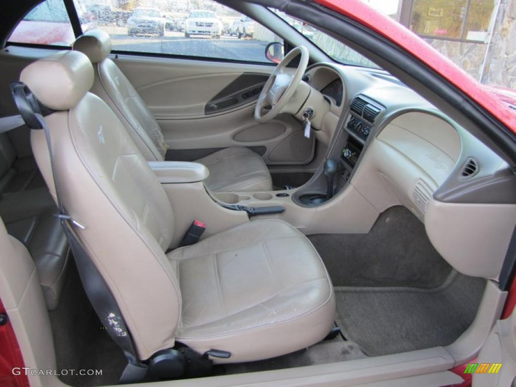 Medium Parchment Interior 2001 Ford Mustang V6 Convertible Photo 41303596