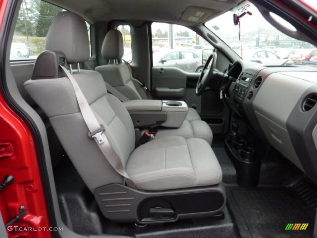 2005 Ford F150 STX Regular Cab 4x4 Interior Photo #41319354