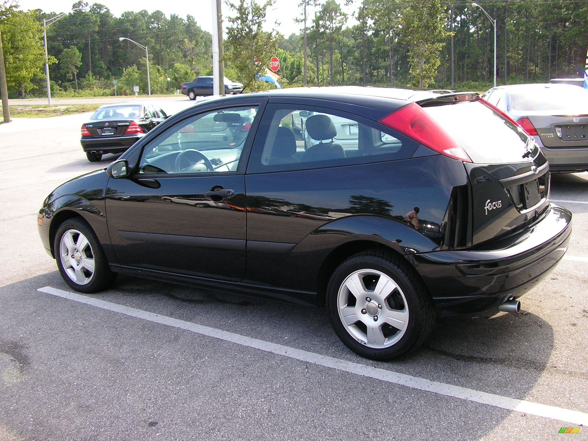 2004 pitch black ford focus zx3 coupe 41306 photo 4 car color galleries. Black Bedroom Furniture Sets. Home Design Ideas