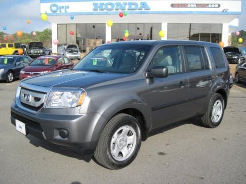 Polished Metal Metallic Honda Pilot in 2011. Polished Metal Metallic