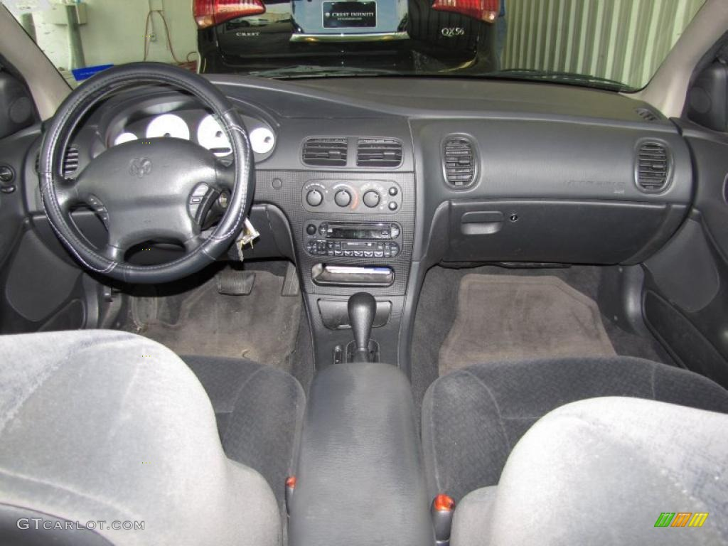 Dark Slate Gray Interior 2002 Dodge Intrepid SE Photo #41354803 ...