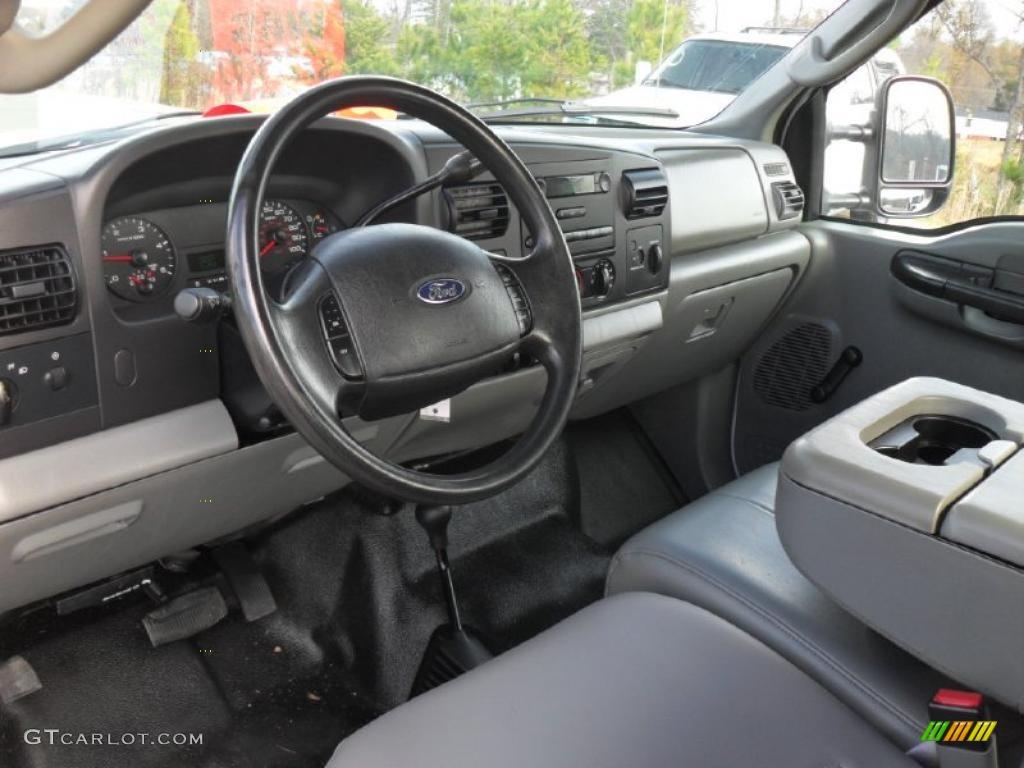 Medium flint interior 2005 ford f250 super duty xl supercab 4x4 photo 41382436 gtcarlot com