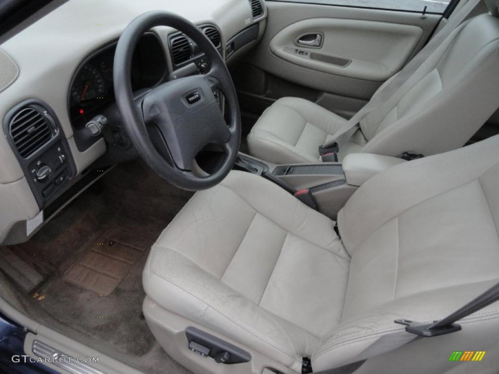 2001 Volvo S40 1.9T interior Photo #41465976 | GTCarLot.com