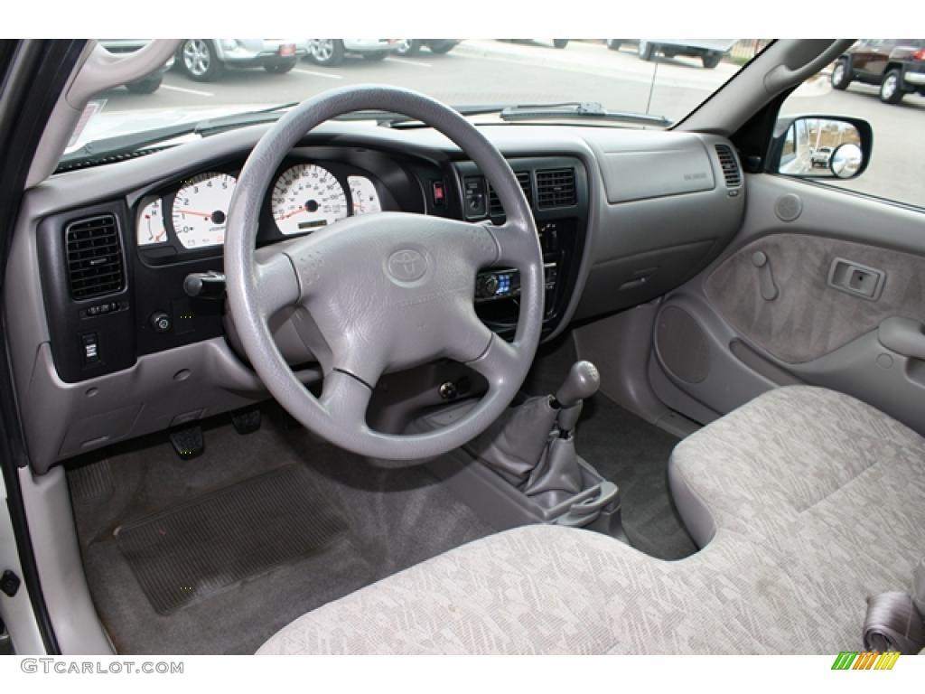 Charcoal Interior 2004 Toyota Tacoma Regular Cab 4x4 Photo 41468607