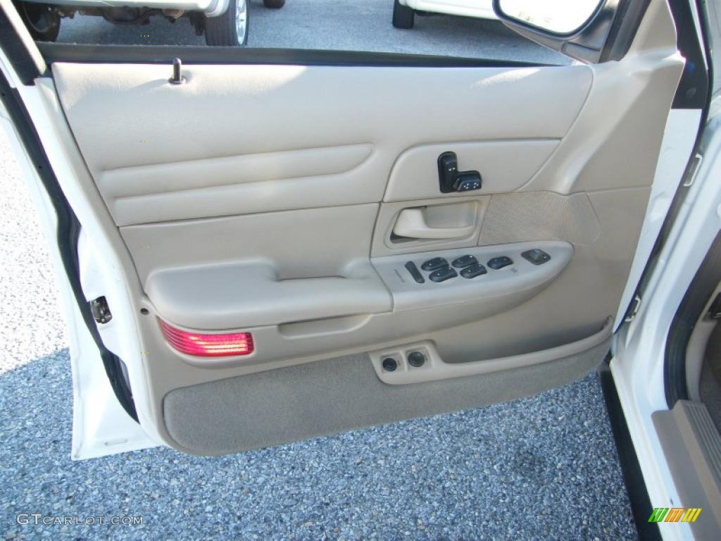 2002 Ford Crown Victoria Lx Medium Parchment Door Panel Photo 41510833