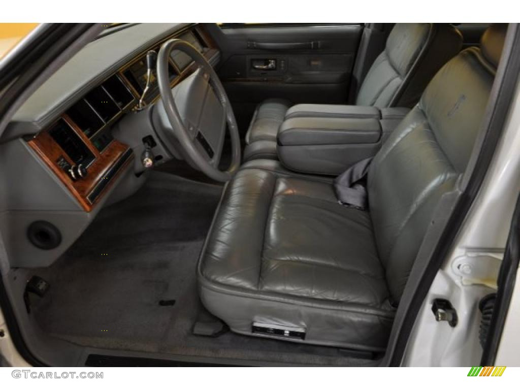 1994 performance white lincoln town car cartier 41508450 photo 9 car color. Black Bedroom Furniture Sets. Home Design Ideas