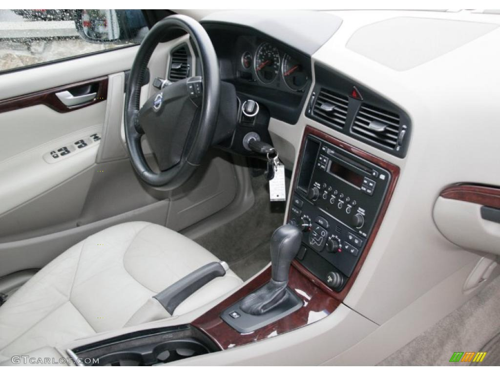 Taupe Interior 2008 Volvo S60 2 5t Awd Photo 41512105