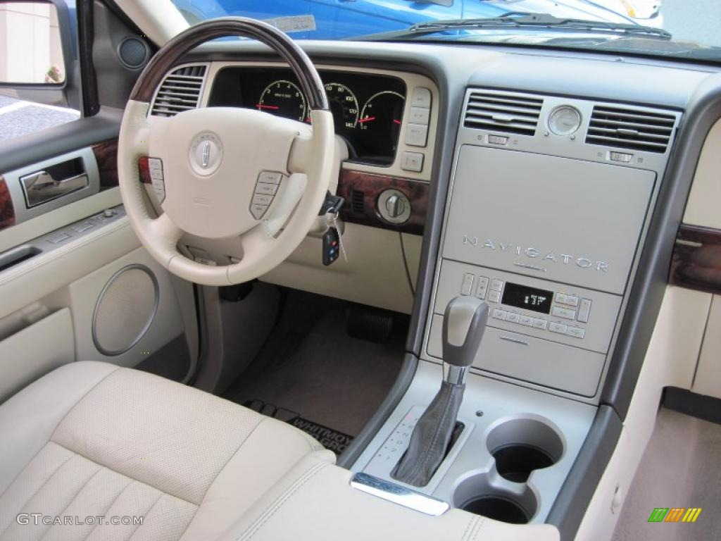 2003 Medium Wedgewood Blue Metallic Lincoln Navigator Luxury 4x4 41508505 Photo 7 Gtcarlot