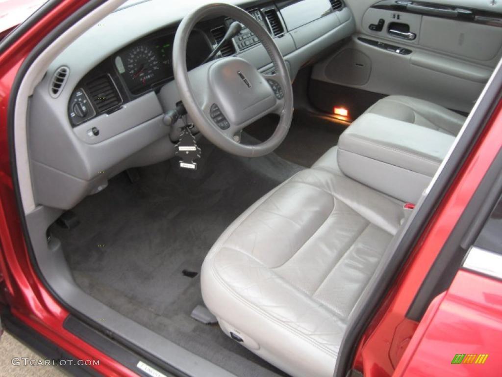 1998 Lincoln Town Car Signature Interior Photo 41550626