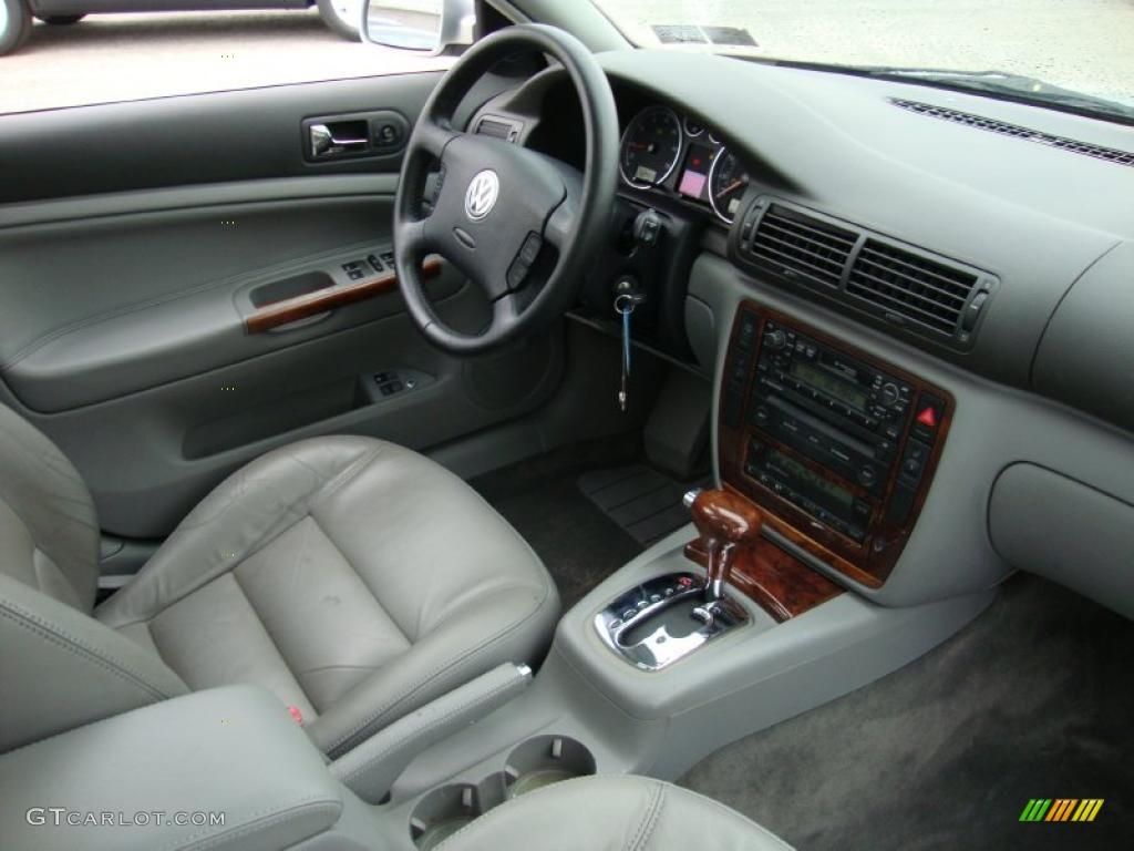 Gray interior 2001 volkswagen passat glx sedan photo 41555650 for Volkswagen passat 2000 interior