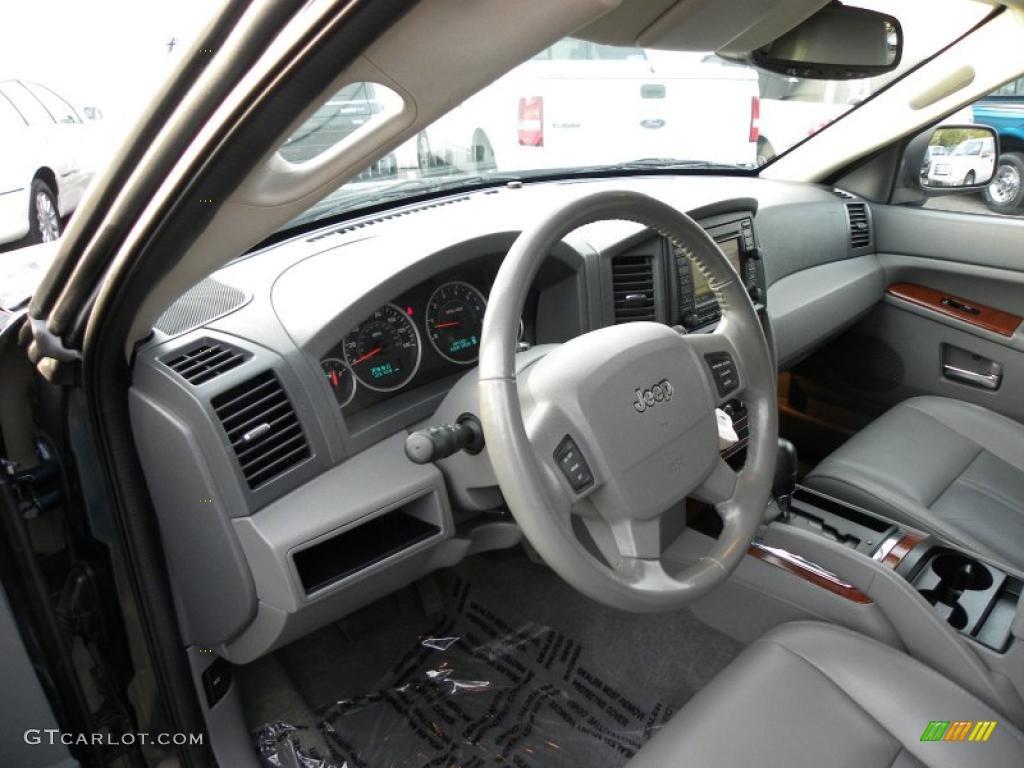 Medium Slate Gray Interior 2005 Jeep Grand Cherokee Limited Photo 41624554