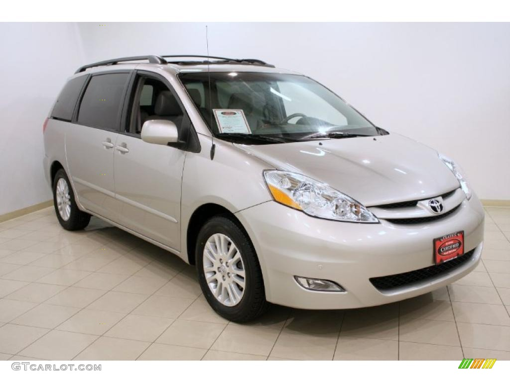 2009 silver shadow pearl toyota sienna xle 41632054. Black Bedroom Furniture Sets. Home Design Ideas