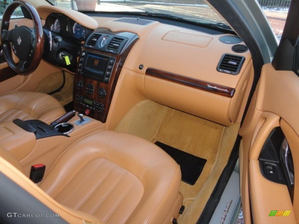 2005 maserati quattroporte interior