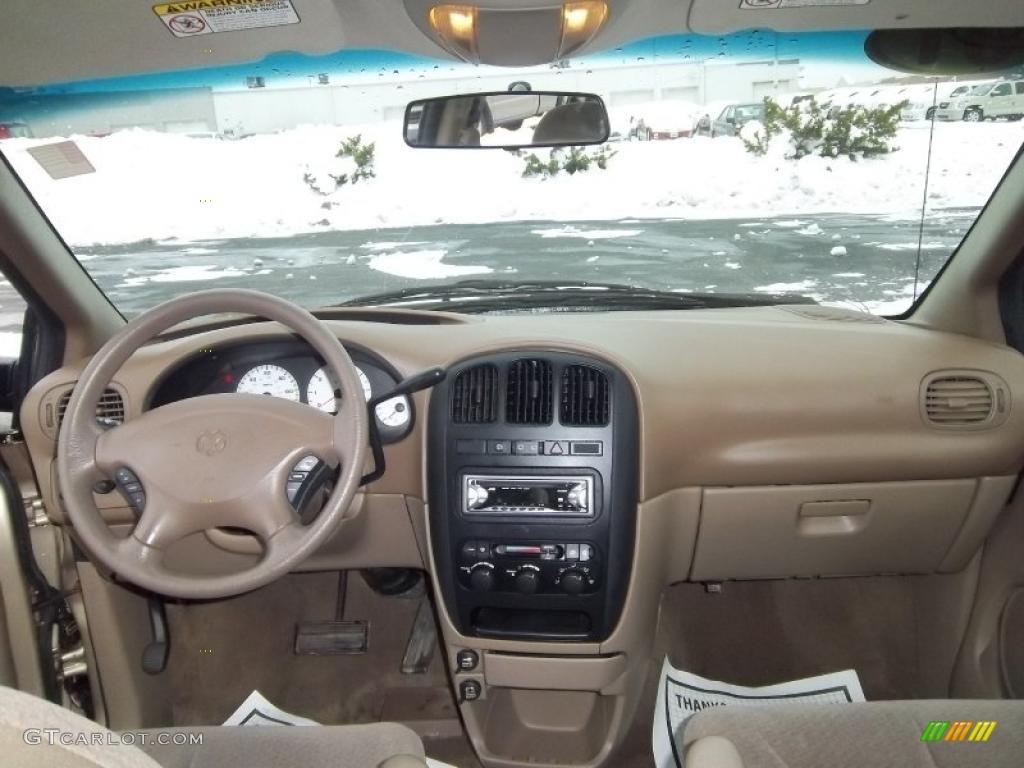 2001 Dodge Grand Caravan Sport Taupe Dashboard Photo 41696429