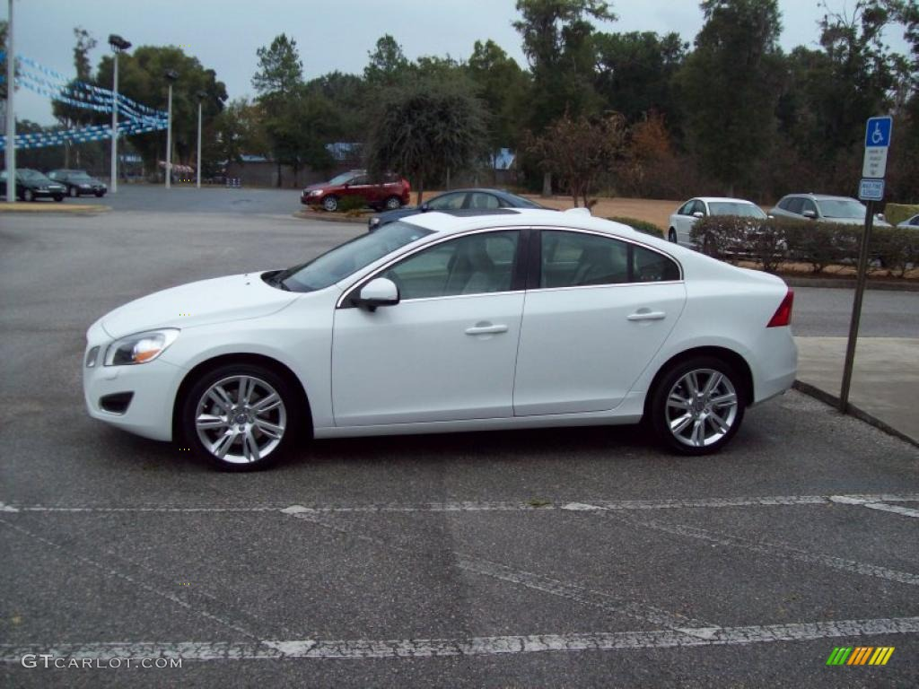 ice white 2011 volvo s60 t6 awd exterior photo 41702098. Black Bedroom Furniture Sets. Home Design Ideas