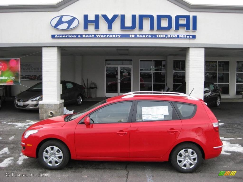 Chilipepper Red Hyundai Elantra. Hyundai Elantra Touring GLS