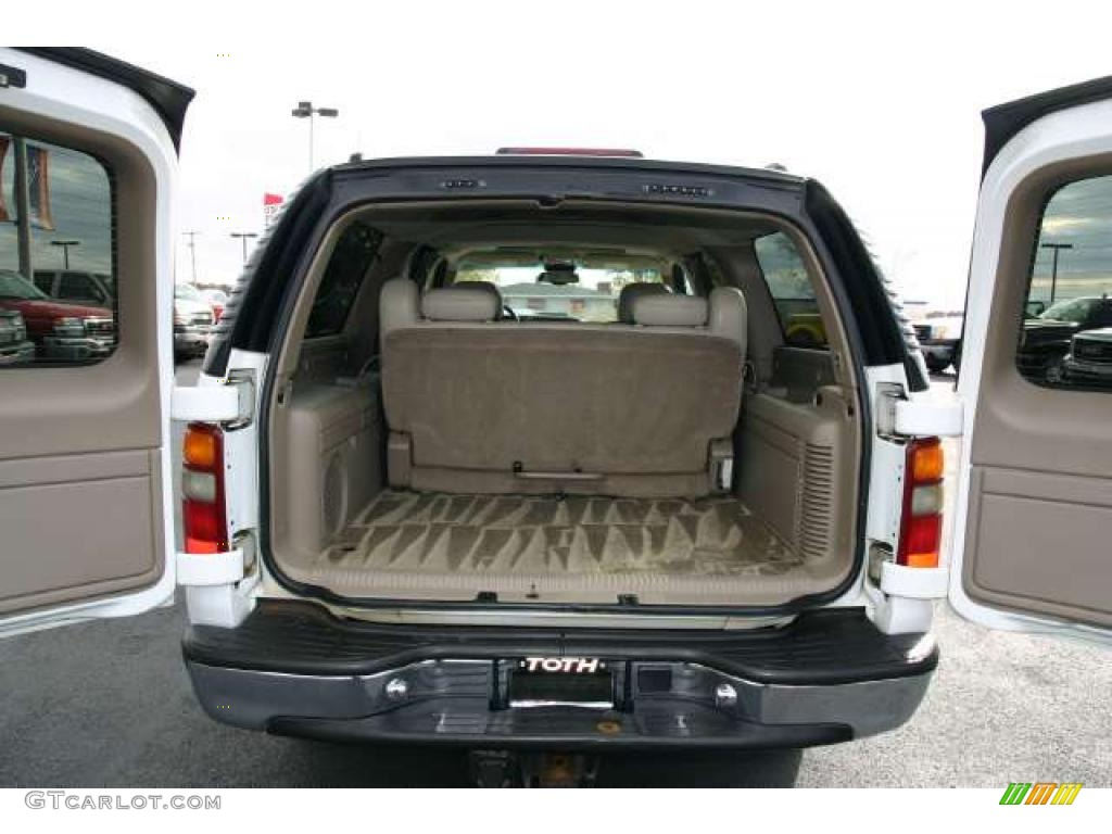 2001 summit white chevrolet suburban 2500 lt 4x4 41791016. Black Bedroom Furniture Sets. Home Design Ideas