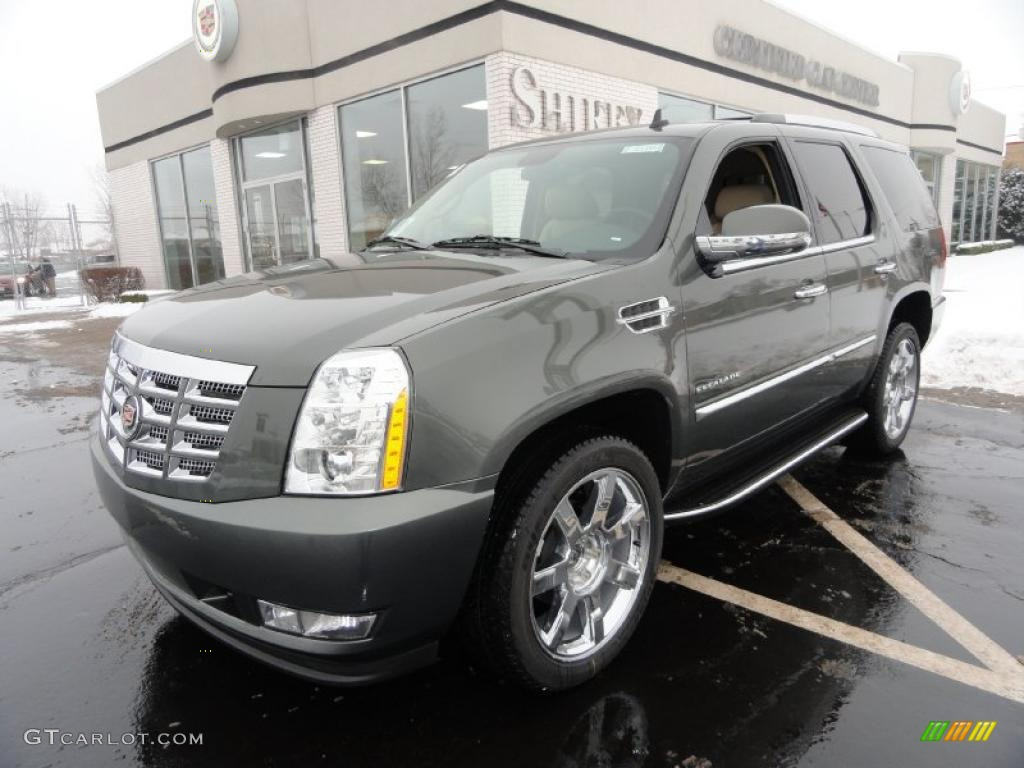 2011 evolution green metallic cadillac escalade luxury awd 41865705 car color. Black Bedroom Furniture Sets. Home Design Ideas