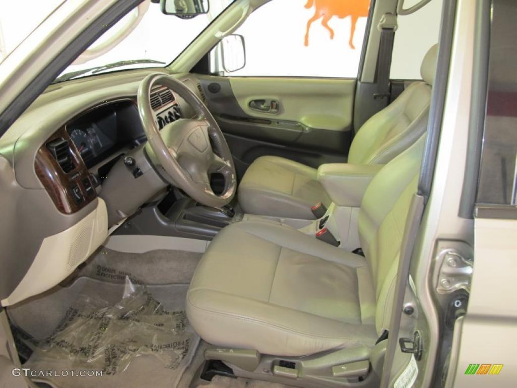 2001 mitsubishi montero sport limited interior photo 41885059 - Mitsubishi Montero 2001 Interior