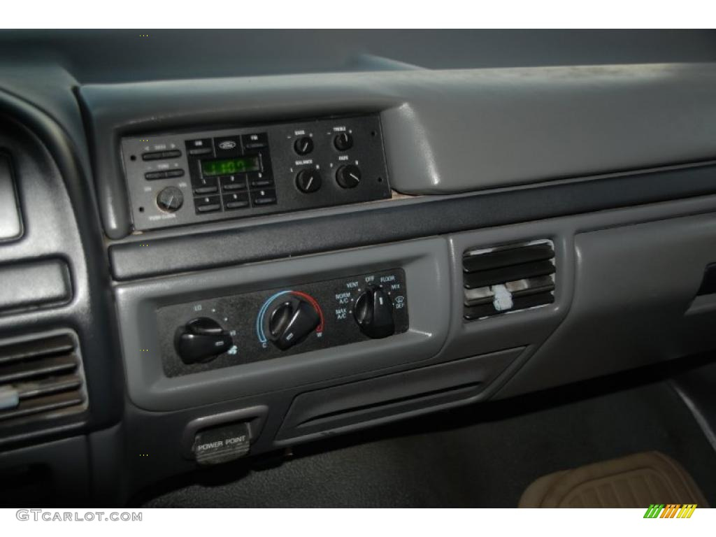 1992 Ford F150 Extended Cab Controls Photo #41896060 ...