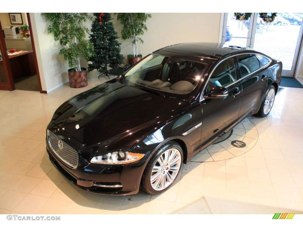 2011 ultimate black metallic jaguar xj xjl supercharged. Black Bedroom Furniture Sets. Home Design Ideas