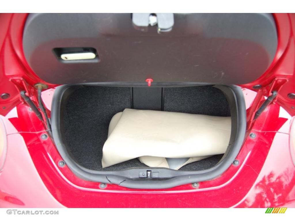 2006 Volkswagen New Beetle 2 5 Convertible Trunk Photo