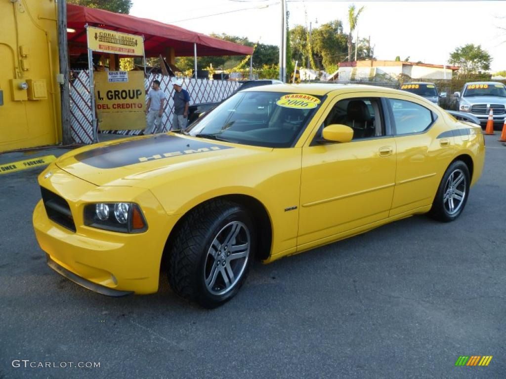 top banana yellow 2006 dodge charger r t daytona exterior photo 41985791. Black Bedroom Furniture Sets. Home Design Ideas