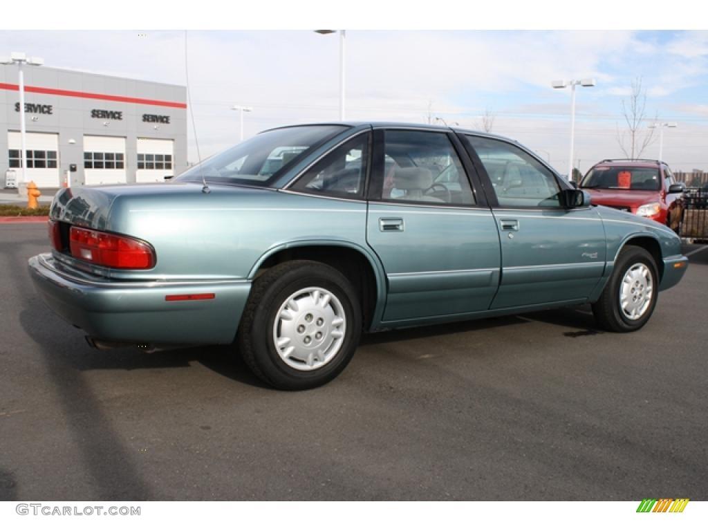 Medium Sea Green Metallic 1996 Buick Regal Sedan Exterior ...