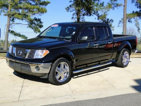 2007 nissan frontier se crew cab data info and specs. Black Bedroom Furniture Sets. Home Design Ideas