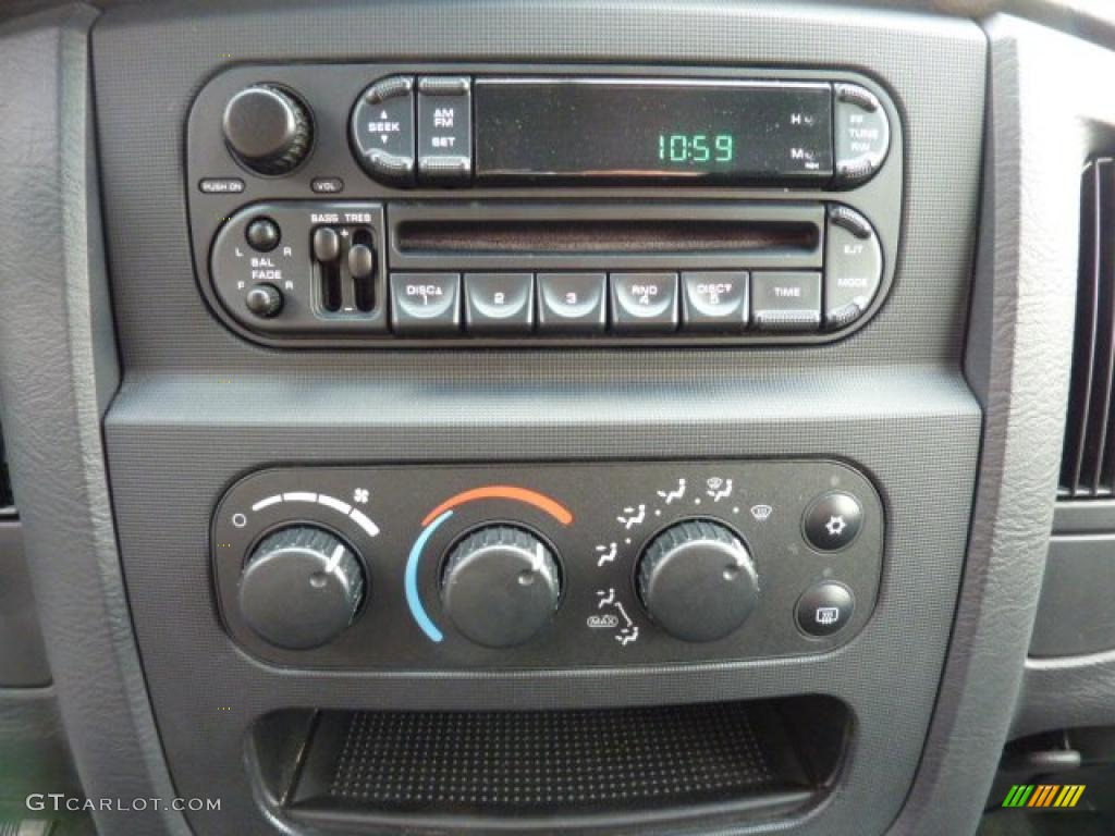 2002 Ram 1500 SLT Quad Cab 4x4 - Bright Silver Metallic / Dark Slate Gray photo #14