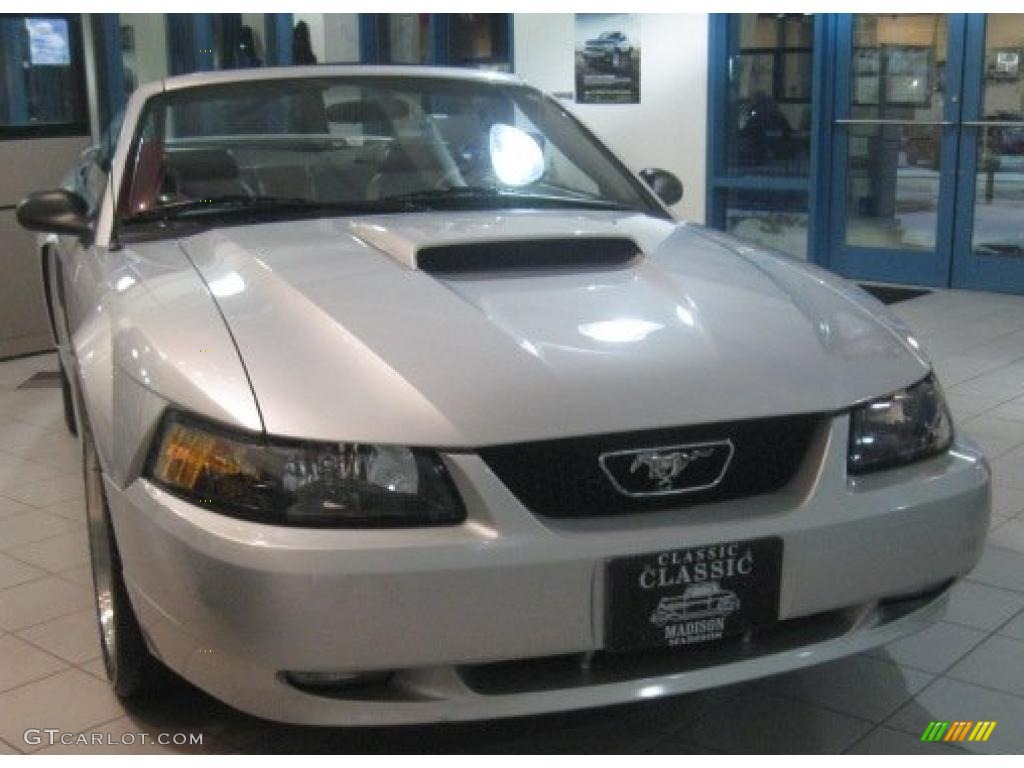 2001 Mustang GT Convertible - Silver Metallic / Dark Charcoal photo #1