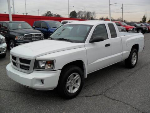 on 2009 Dodge Dakota King Cab