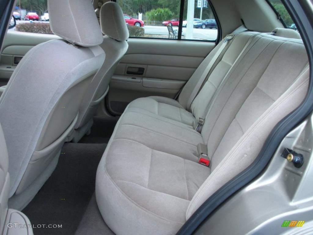 Medium Parchment Interior 2003 Ford Crown Victoria Police Interceptor Photo 42200355