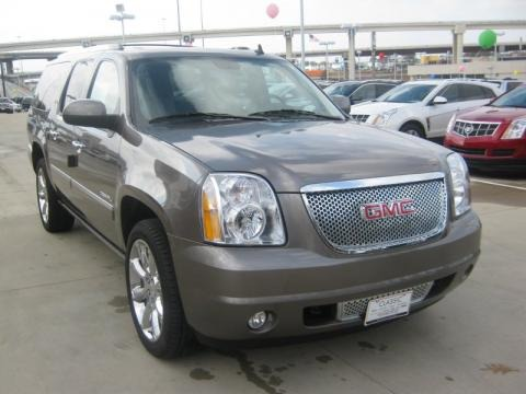 2011 gmc yukon xl denali data info and specs. Black Bedroom Furniture Sets. Home Design Ideas