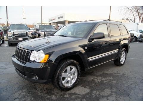 2010 jeep grand cherokee laredo 4x4 data info and specs. Black Bedroom Furniture Sets. Home Design Ideas