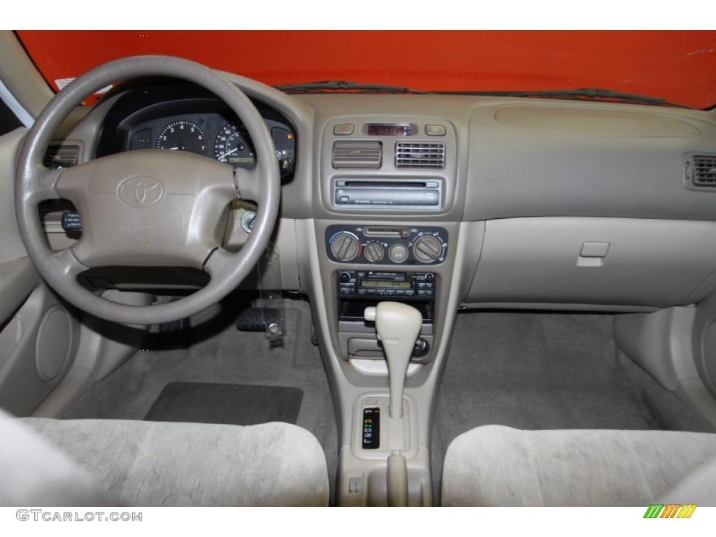 Gray Interior 1998 Toyota Corolla Le Photo 42223424