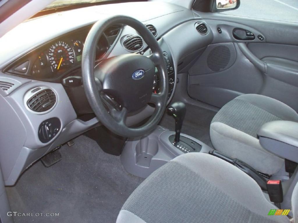 Medium Graphite Interior 2003 Ford Focus Se Sedan Photo 42225184