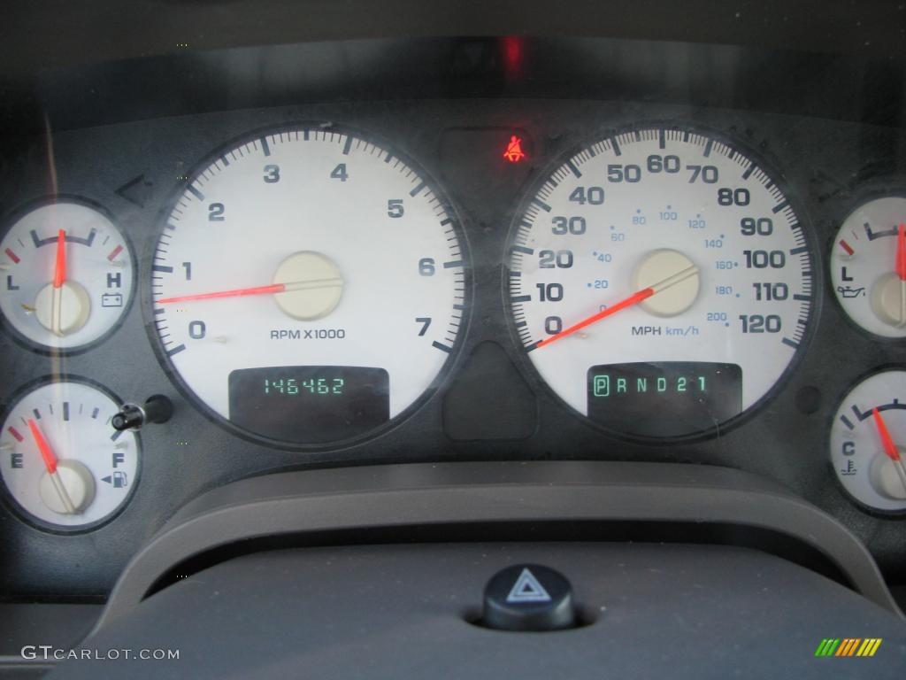 2002 Ram 1500 SLT Quad Cab - Bright White / Taupe photo #22
