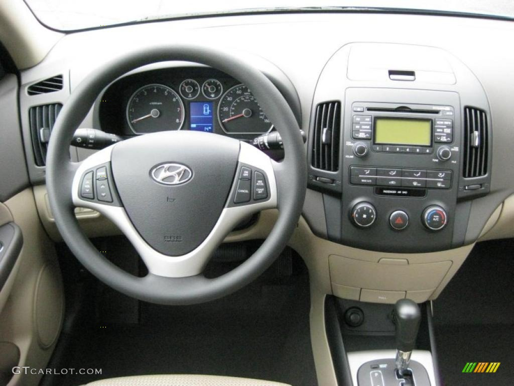 2011 Hyundai Elantra Touring GLS Beige Dashboard Photo #42319527