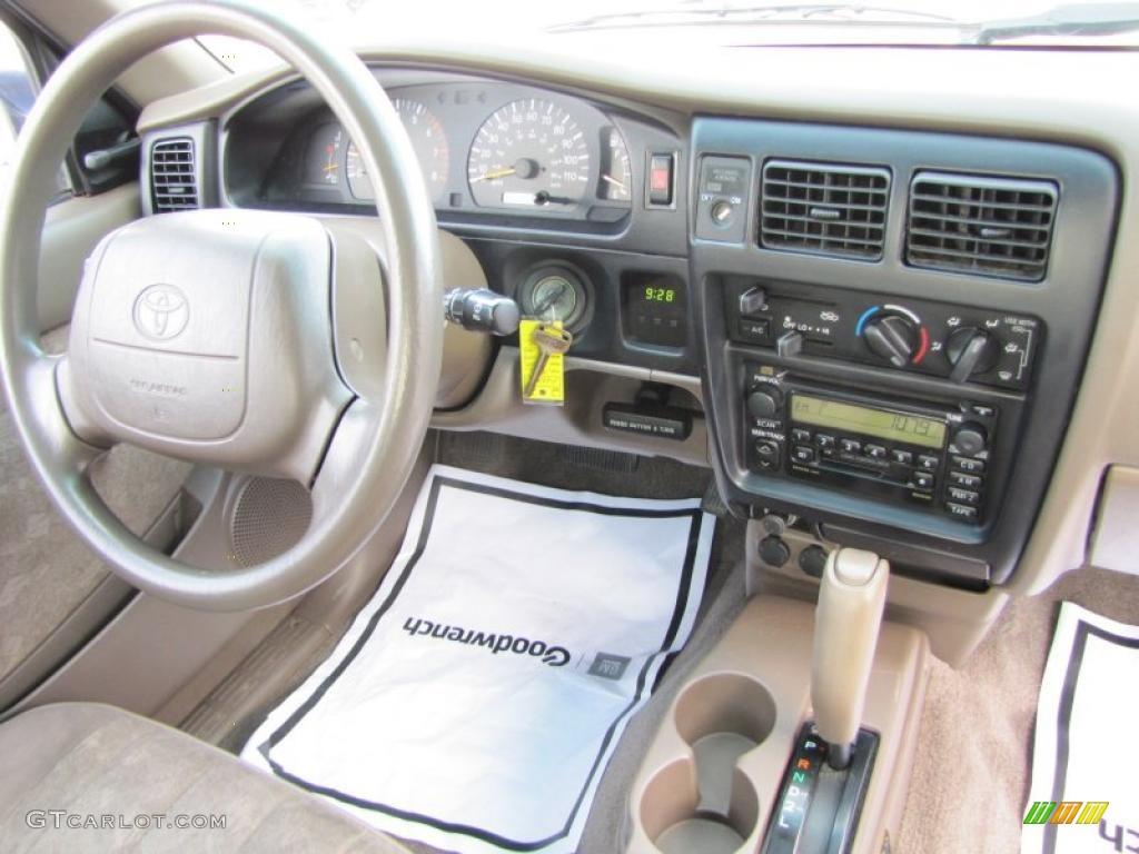2000 Toyota Tacoma V6 Prerunner Extended Cab Interior