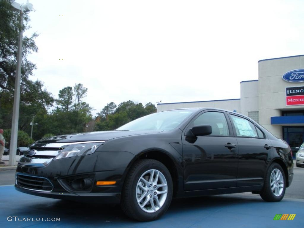 2011 Fusion S - Tuxedo Black Metallic / Medium Light Stone photo #1