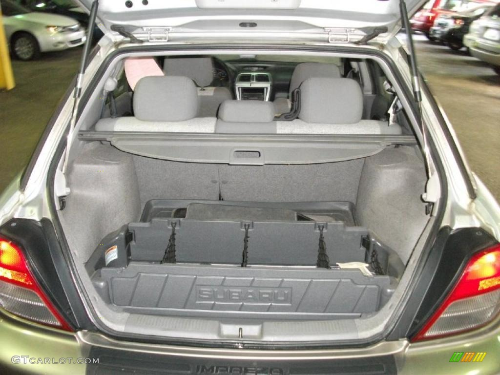 2002 subaru impreza outback sport wagon trunk photo #42486193