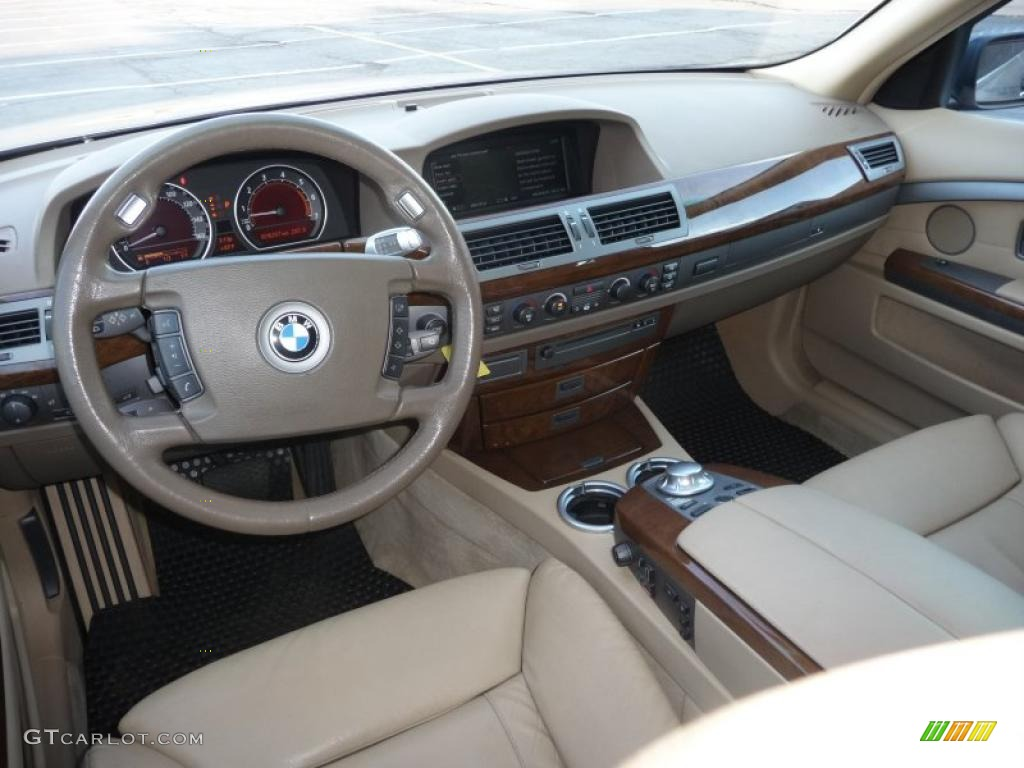 Dark Beige III Interior 2005 BMW 7 Series 745Li Sedan Photo 42547309