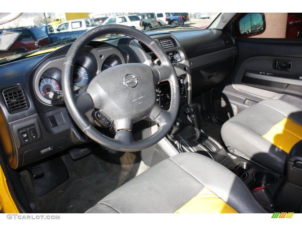Charcoal Interior 2002 Nissan Frontier Sc Crew Cab 4x4 Photo 42560133