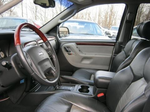 More 2004 Jeep Grand Cherokee Overland 4x4 Interior Photos