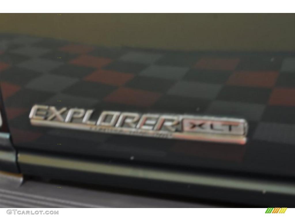 1997 Explorer XLT 4x4 - Medium Willow Metallic / Medium Parchment photo #5