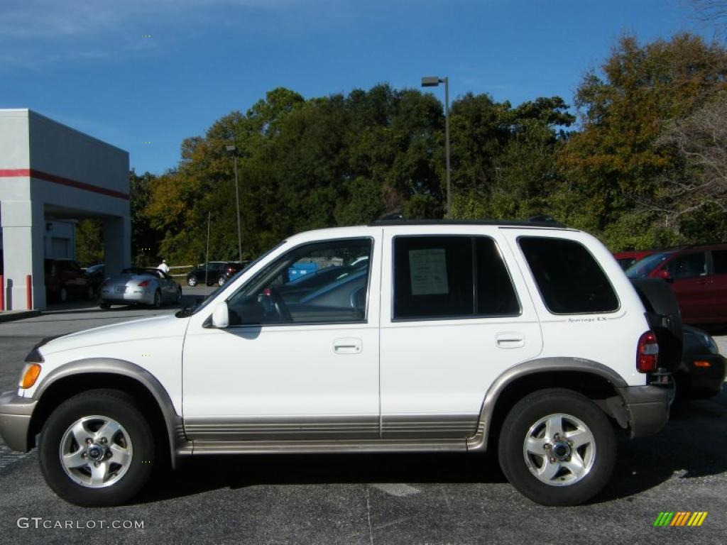 2001 White Kia Sportage #42596504 Photo #2