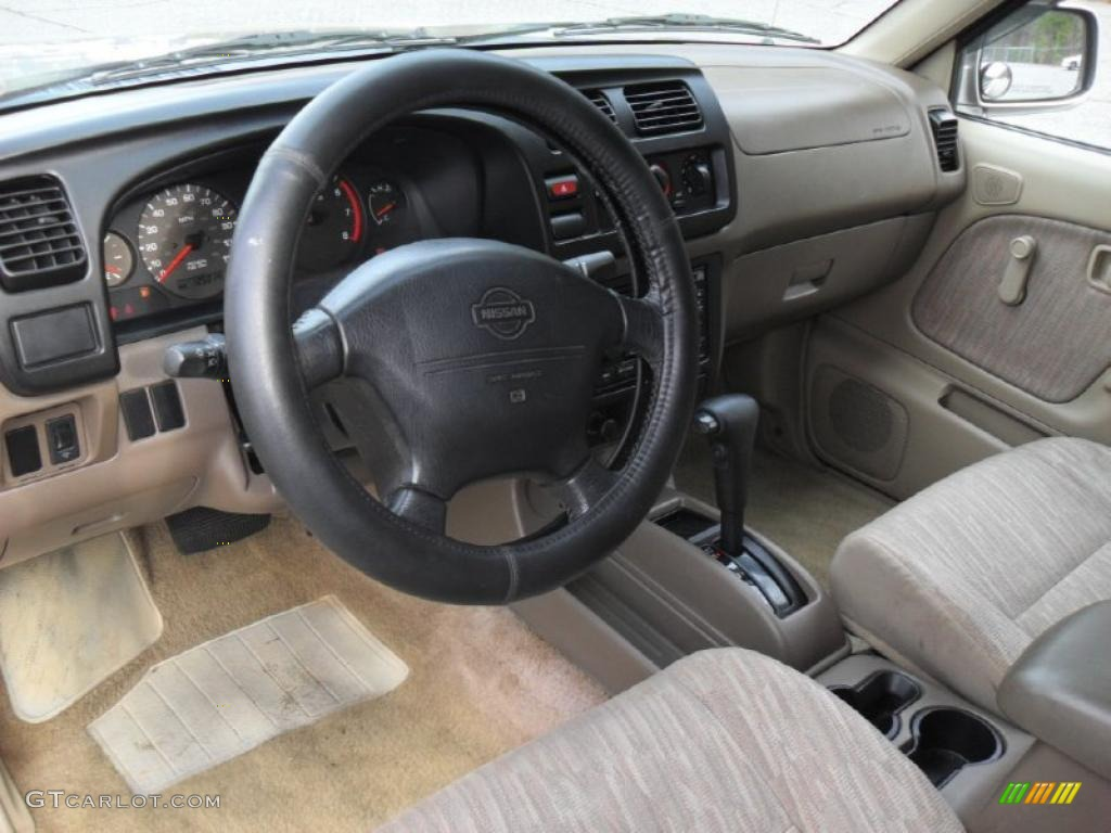 Beige Interior 2000 Nissan Frontier Se Crew Cab Photo 42620488