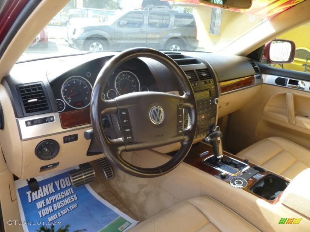 2004 Volkswagen Touareg V8 Interior Photo 42773521